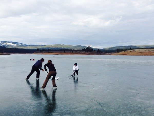 Hockey on Prosser Reservoir.