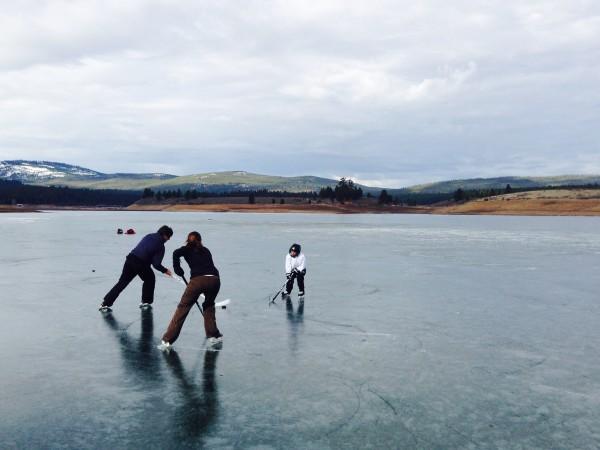 Hockey on Prosser Reservoir.